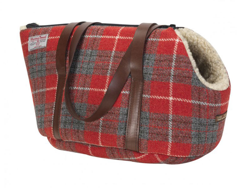 Our unique pet carriers are specially shaped to give your dog ample space. Take your little love with you everywhere you go, and when not on the road, it makes a perfect travel bed for them to curl up and snooze in.