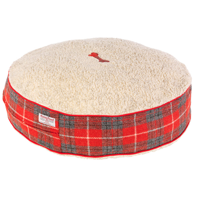 For the ultimate in hand-crafted luxury, treat your dog to a designer dog bed in our signature Harris Tweed specially designed for LoveMyDog. The Hoxton Tartan Harris Tweed Dog Bed has supersoft red tweed sides and a cosy, hardwearing Sherpa fleece top. We make the beds here in London, cutting and pinning the fabric and finally sewing on the appliqué details all by hand. We can add personal initials or symbols specially for your dog – just ask us when you order.